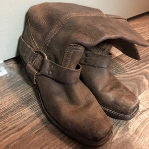 Women's Size 7 Frye Harness Boots